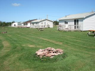 Cottages on PEI - Shoreline Cottages - Beach Time