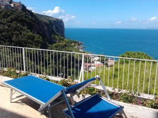 Magnificent Villa on the Coast of Sorrento, Vico Equense