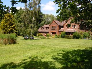 Heronwood Annexe 3 miles from Goodwood.