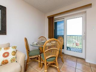 Oceanfront 1BR Condo w/ 2 Queen Beds - Steps to the Beach, Sleeps 4!