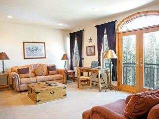 Bear Creek Lodge 209