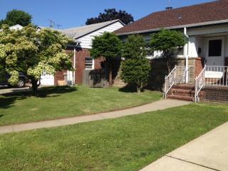 Beautiful Home In Long Island, New York, Lynbrook