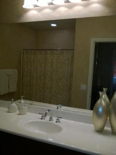 Bathroom 2 With Tub/Shower