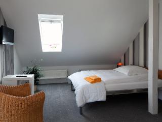 Doppelbett-/Zweibettzimmer