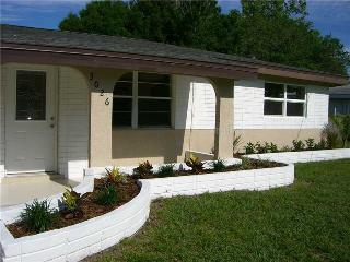 Newly Updated 3 Bedroom Pool Home - Close to Beach