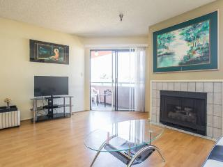 Gorgeous 1+1 Suite Heart Of Hollywood+parking+wifi, Los Ángeles