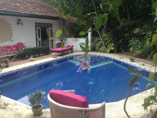 Sri Lanka Cottage - Peaceful but 2 miles from beac, Hikkaduwa