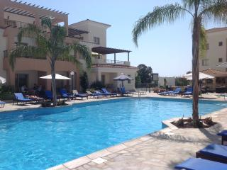 Oracle Exclusive Resort, Apt B101, Kato Paphos
