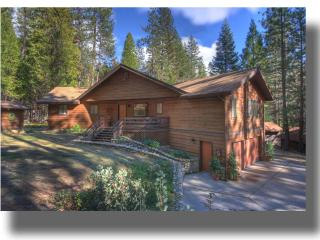 Idyllic location, Beautiful Views, Inside Yosemite,