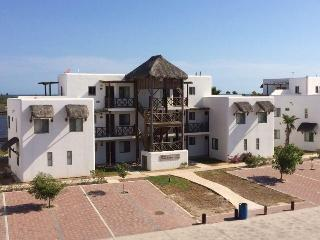 Beach Appartment At Sea Of Cortes, Marina Available .