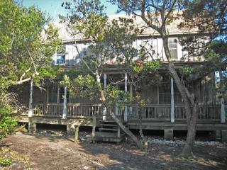 CR37: La Vie En Rose, Ocracoke