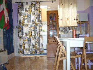 Casa junto Parque Guell., Barcelona