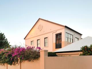 Bello Home Stay...sleeps 9 easily, Toowoomba