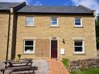 BRONT Cottage situated in Matlock (3mls N)