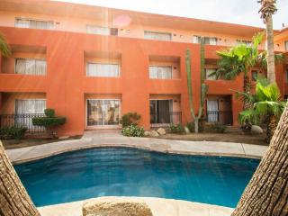 #107 Comfortable 1 Bedroom Downtown Condo, Cabo San Lucas