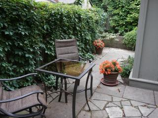6BR Outstanding town house in heart of Downtown!, Toronto
