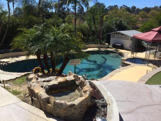 B1/B2 Resort Style 2 bedrooms w/2 private baths, Rancho Santa Fe