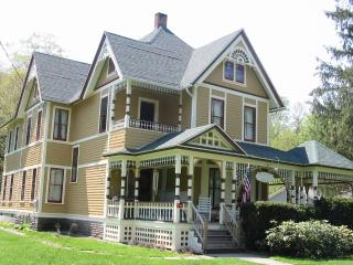 Catskill Home for Skiing, Fishing, Hiking & biking