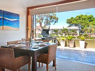 ESPL1 - Executive Balmoral Beach Apartment