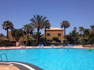 Mejor piso en el Tamarindo, frente de la piscina!