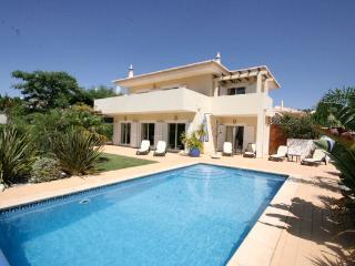 Casa Sophia  - 4 bedroom Private Villa, Private heated pool, Wi-Fi, A/C, Lagos