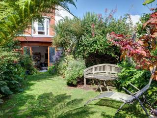 Beautiful Garden Flat in Brighton