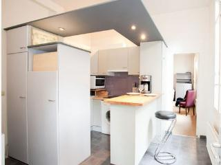 pleasant and well equipped kitchen - designed by an architecht