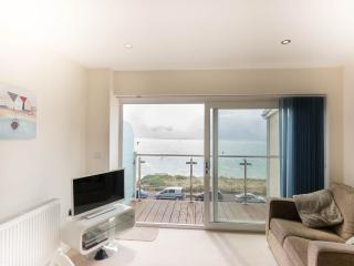 Apartment With Stunning Sea Views, Bournemouth