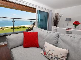 SSCPE Apartment situated in Westward Ho!