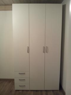Arredi design appartamento ristrutturato travi legno