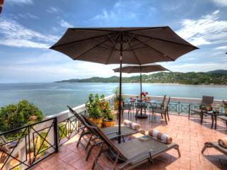 CASA DON, 2bed/2bath, huge terrace, best location, Sayulita