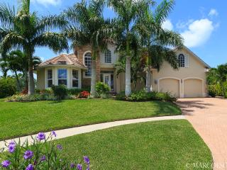 COTTONWOOD - South Exposure, Desirable West Central Island Location !, Marco Island