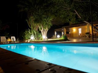 VILLACHIESTE - Villa con Piscina
