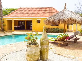 Caribbean style house - 3 bed/2bath, Noord