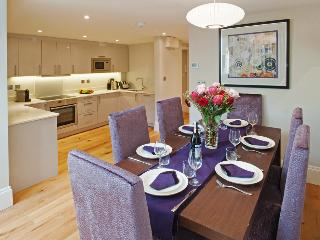 Bath Circle Crescent Luxury Apartment