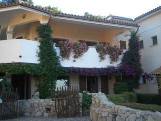 Appartamento vista mare con giardino, Santa Teresa di Gallura