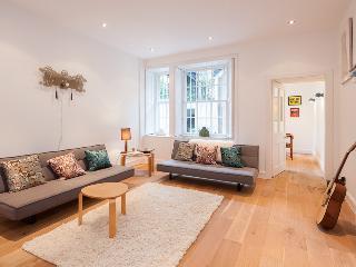 The Georgian Suite @ Royal Terrace, Broughton