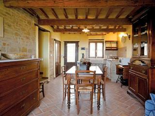 Country house la torcia App. Aurelia, Arcevia