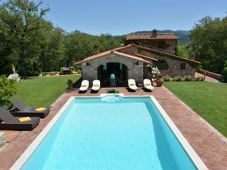 Luxury villa in the heart of Chianti, Gaiole in Chianti
