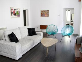 Lovely Apartment Center of the City, Madri