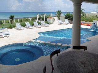 Villa Coronado - Oceanfront Elegance