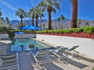 Paradise Corner, Palm Springs