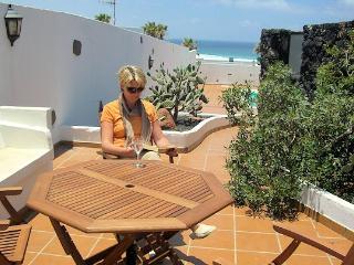 Casa Chicho Holiday Villa Playa Famara Lanzarote