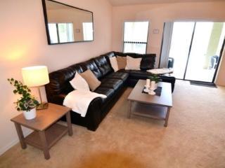 5 Bedroom 3 Bathroom Pool Home With Spa In Legacy Park. 409CR, Orlando