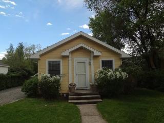 Sunshine Cottage, Cody
