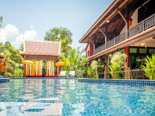 Family Suite in Cambodian Mansion, 3 rooms sleeps 6