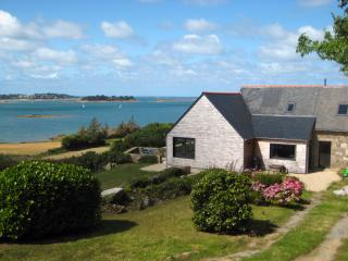 The house, garden and seaview