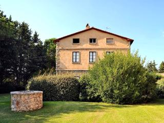 5 bedroom Apartment in Marsiliana, Tuscany, Italy : ref 5227197