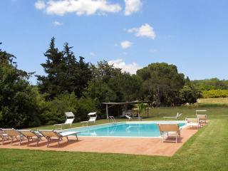 3 bedroom Apartment in Manciano, Maremma, Tuscany, Italy : ref 2293910