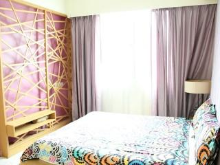 Amisha Home 3 Bedrooms Apartment Budget Rental, Petaling Jaya